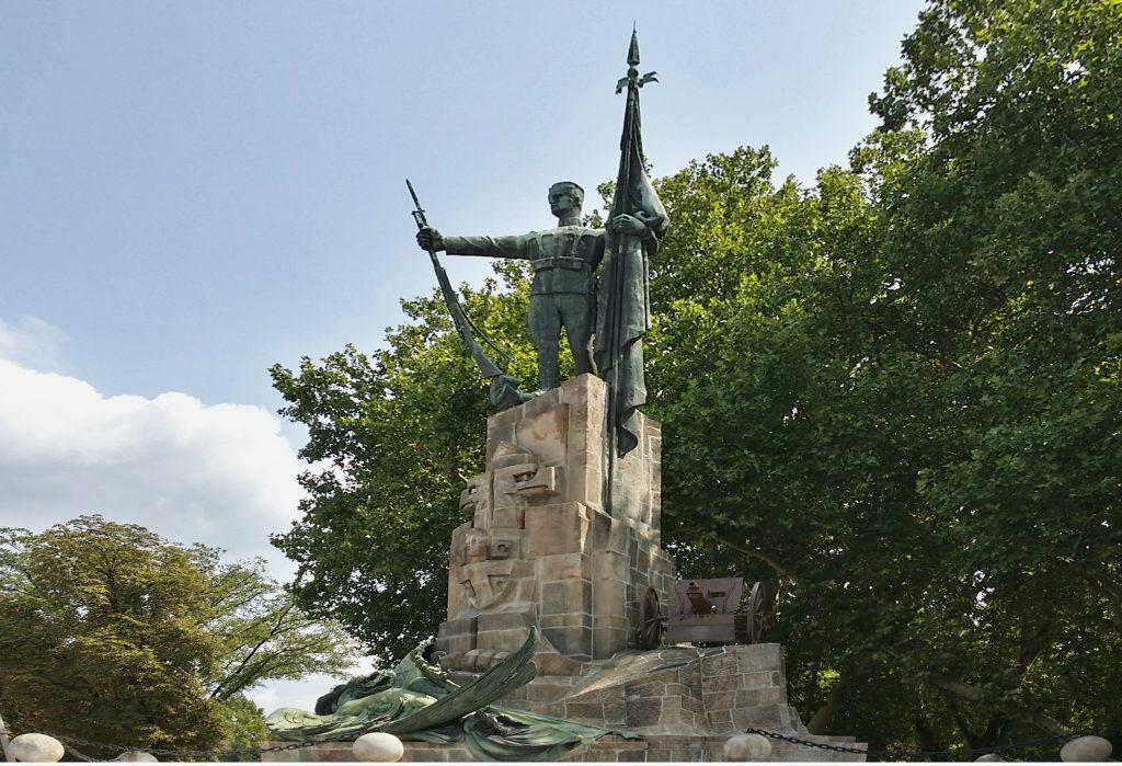 Monumento e Ossario memoriale ai difensori di Belgrado 1914-1918