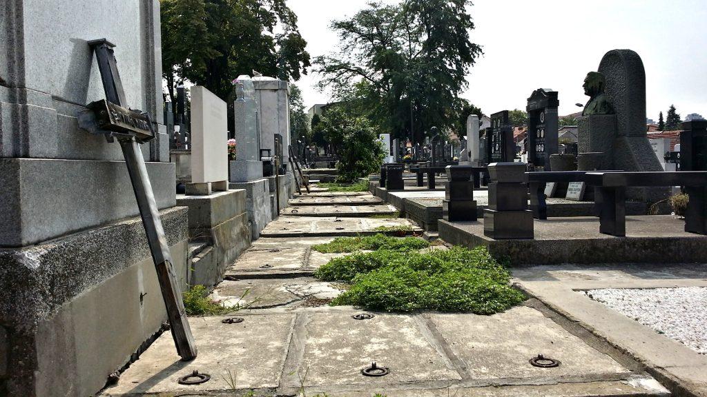 cimitero di Belgrado Novo Groblje lapidi
